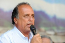 Governador do Rio é multado em R$ 200 por spam via WhatsApp
